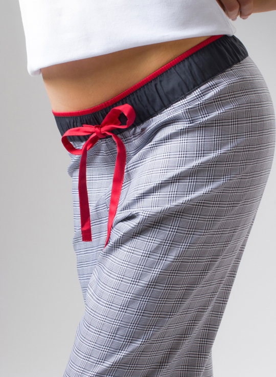 damske-pyzamove-kalhoty-Mrs-Sherlock04