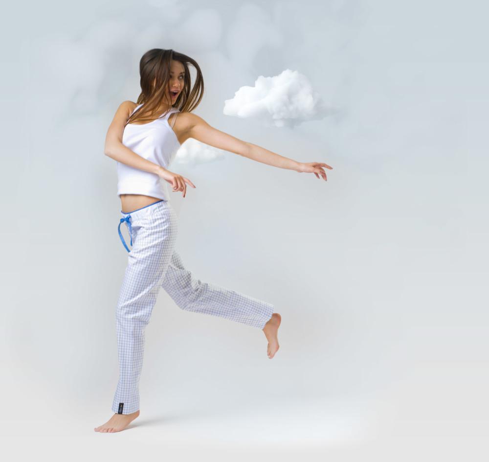 damske-pyzamove-kalhoty-In-The-Clouds